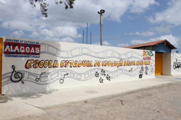 NESTA SEXTA (28) Governo entrega reformas de escolas em Arapiraca nesta sexta-feira (6)