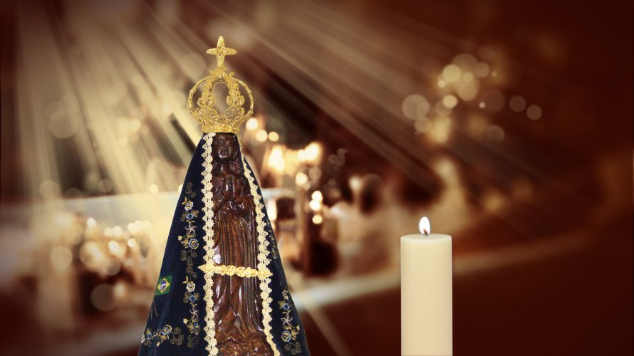 Número de católicos despenca para 52% no Brasil, aponta pesquisa
