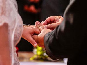 OUTRA VIA Conversão de união estável em casamento pode iniciar na Justiça