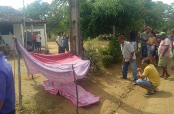 Mulher morre eletrocutada ao tocar em arame farpado, em Palmeira dos Índios