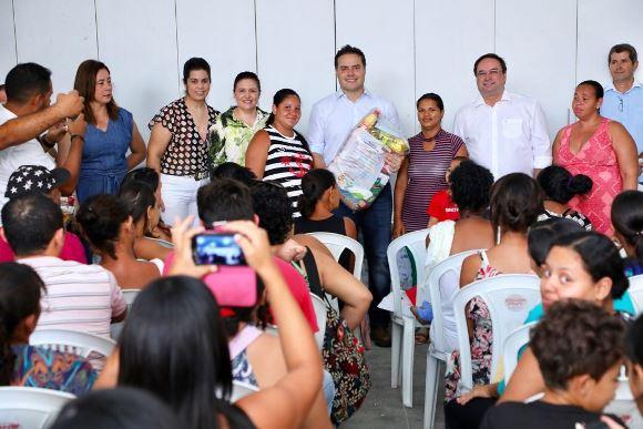 AGRESTE Governador lança em Arapiraca o Programa de Complementação Alimentar