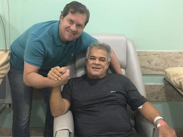 Marx Beltrão anuncia que João Beltrão foi diagnosticado com câncer