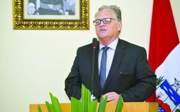 Processado na Rodoleiro, prefeito de Santana ganha mais que o governador