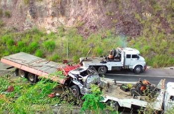 Alagoanos morrem em grave acidente no estado da Bahia