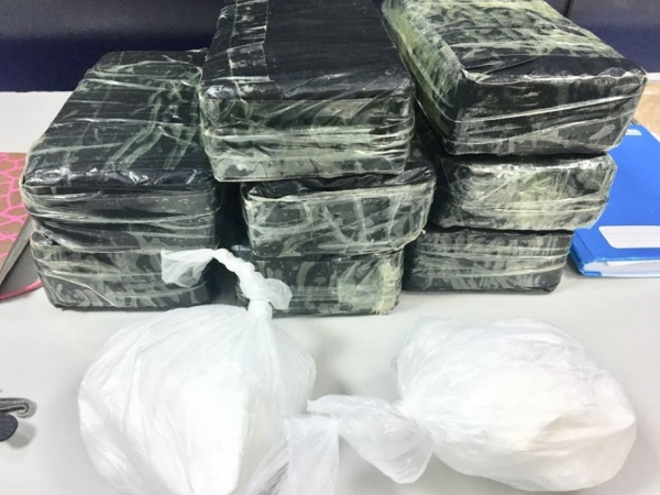 Operação conjunta deixa um morto, duas presas e apreende 9 kg de cocaína