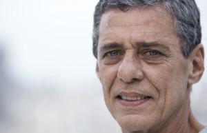 XINGAMENTO NO INSTAGRAM  TJ-RJ quadruplica reparação que antiquário deve pagar a Chico Buarque por ofensa