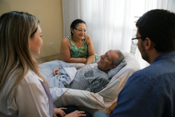 QUALIDADE DE VIDA PAI: Programa do Ipaseal inova com tratamento domiciliar humanizado