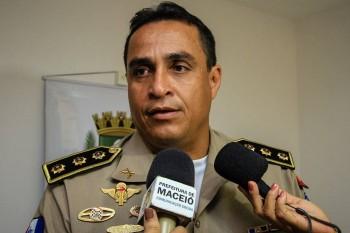 Policial Militar que assaltava no Benedito Bentes sai do presídio e tenta voltar ao policiamento ostensivo