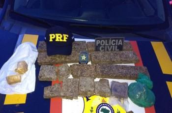 PC e PRF prendem em flagrante mulher que transportava drogas para Palmeira dos Índios
