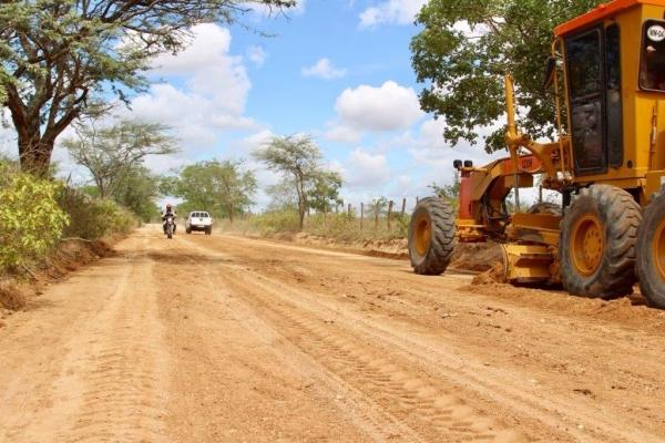 PRÓ-ESTRADA Obra de estrada no Sertão reforça proposta de expansão de acessos em Alagoas