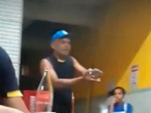 Policial da reserva militar ameaça clientes com arma em bar no Benedito Bentes