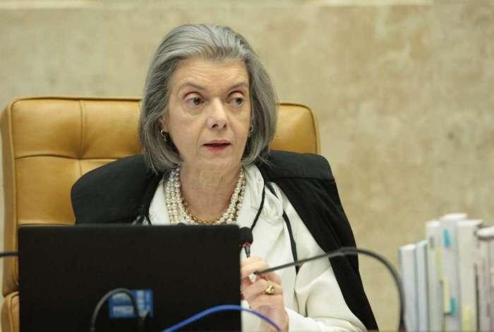 Cármen Lúcia garante pensão por morte às filhas de servidores públicos