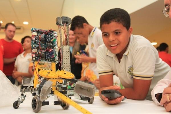 DESDE 2015 Políticas públicas fazem Alagoas avançar na melhoria dos índices educacionais