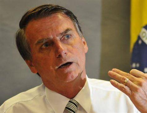"""Assessora de Bolsonaro recebeu R$ 17 mil da Câmara desde revelação de que era """"fantasma"""""""