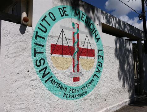 Pastora evangélica é assassinada pelo ex da namorada no Recife