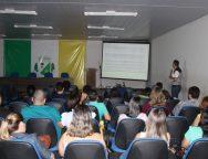 Médicos da rede municipal participam de capacitação no Cria