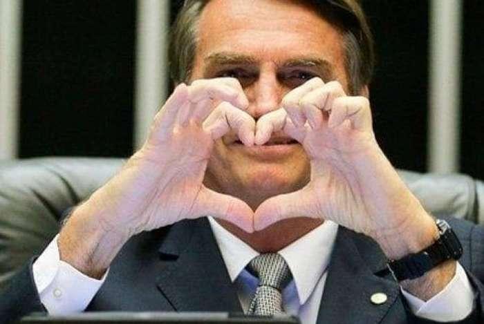 ELEIÇÕES Os jovens estão cansando do 'mito' Bolsonaro?