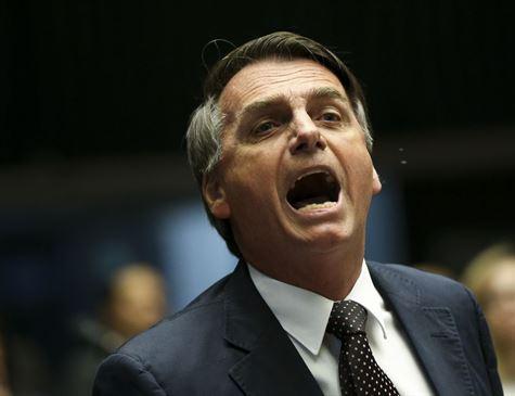 ELEIÇÕES 2018 Ex-esposa acusou Bolsonaro de furto de cofre e agressividade, diz Veja