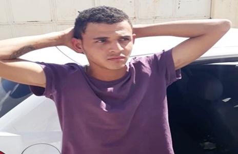Jovem de 19 anos é preso suspeito de realizar assaltos em Delmiro Gouveia
