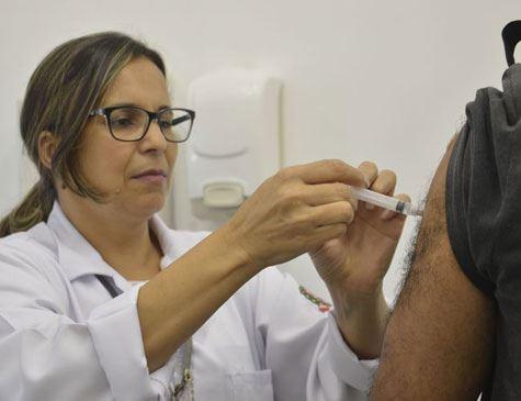 SAÚDE Saúde estuda incluir duas novas doses no calendário de vacinação