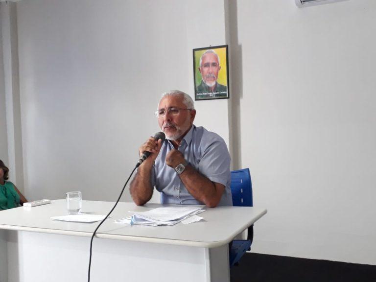 Prefeito de Delmiro Gouveia, confirma que  ainda não pagou 13° de 2017