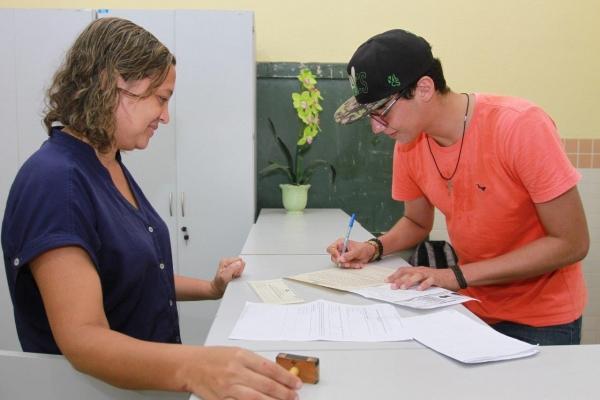 ENCCEJA 2018 Candidatos já podem requerer certificação do ensino médio à Seduc