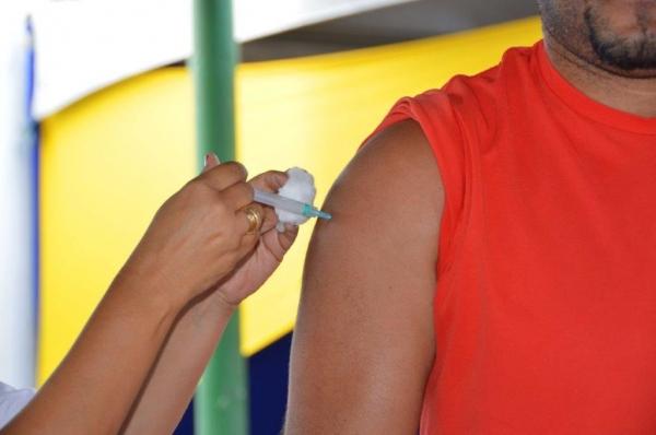 POSTOS DE SAÚDE Adultos devem atualizar calendário vacinal para evitar doenças, alerta Sesau