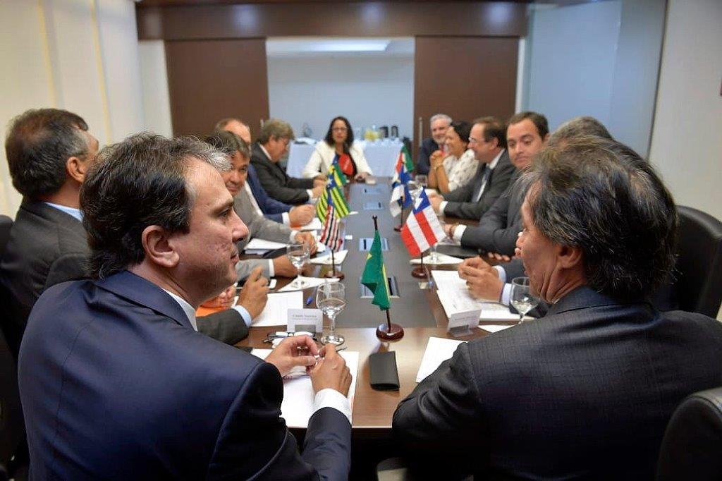 EM BRASÍLIA Luciano Barbosa defende retomada de obras federais para geração de empregos no NE