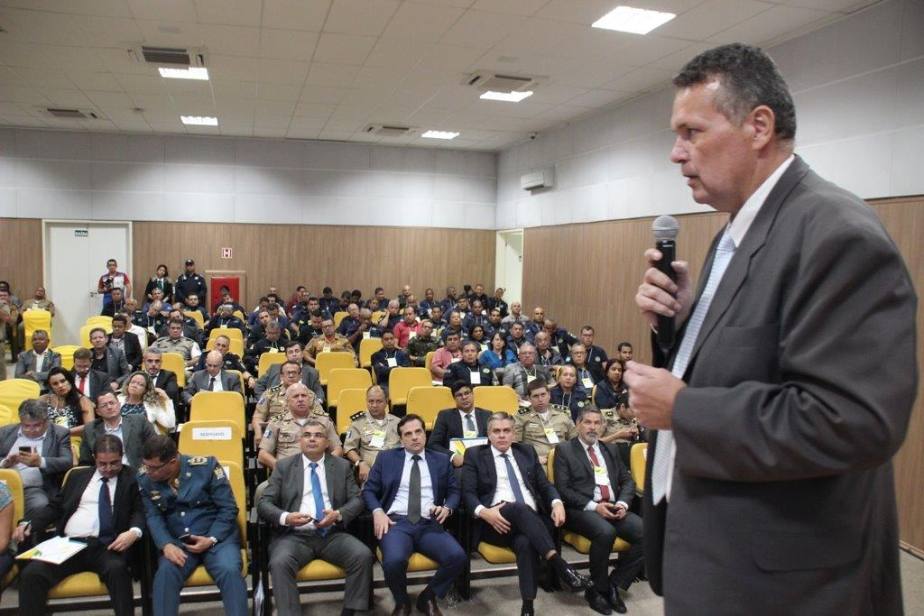 POLÍTICAS PÚBLICAS Alagoas lança debate pioneiro sobre efetivação do Sistema Único de Segurança