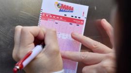 Ganhador de US$ 1,5 bilhão na loteria dos EUA que ainda não foi buscar o prêmio