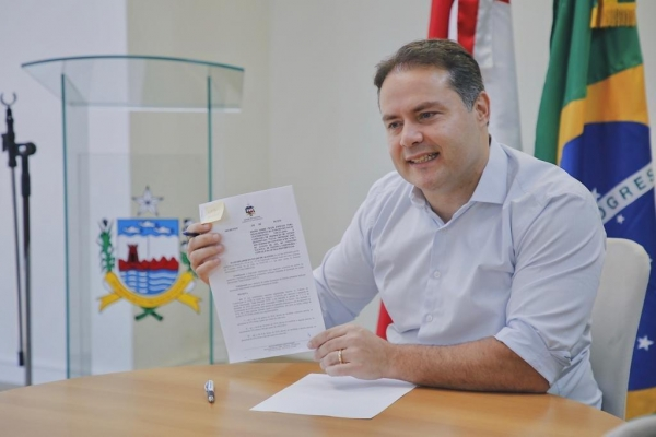 NATAL PREMIADO 2018 Governador assina decreto que divide pagamento de ICMS do comércio em três parcelas