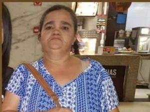 Mulher volta para casa depois de 28 dias desparecida em Maceió