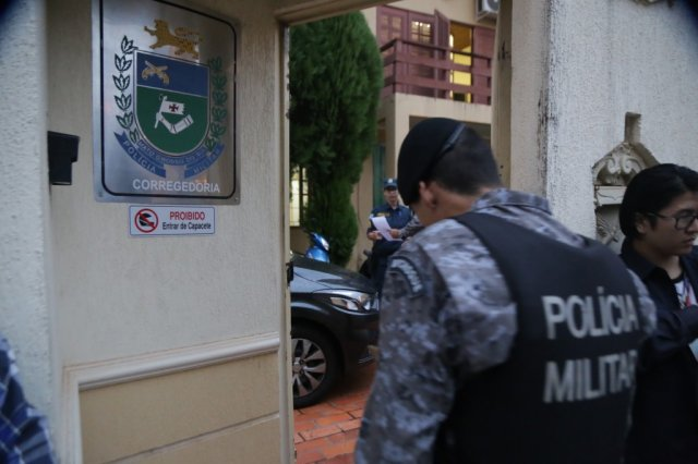 Operação busca prender 54 PMs e 5 integrantes de facção criminosa em SP