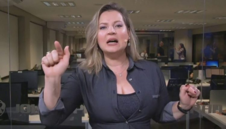 """Deputada mais votada da Câmara diz ter recebido """"cesta com cabeça de porco"""""""