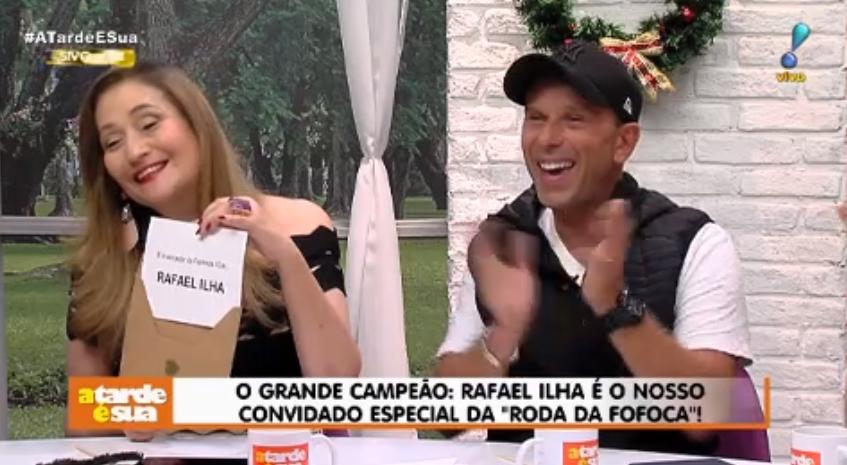 A FAZENDA 10 Rafael Ilha deixa todos em choque e entrega à Sonia Abrão o que recebeu na Fazenda