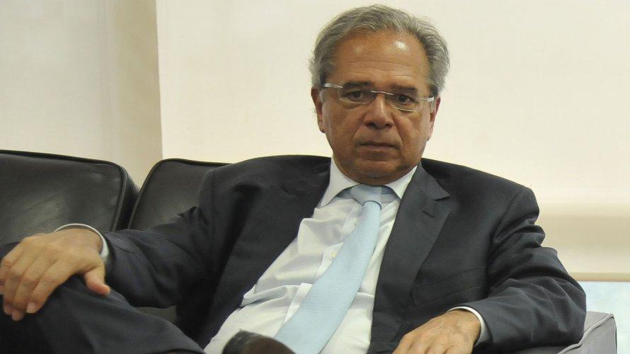 Guedes foi fiador de empresa de prateleira, segundo Procuradoria em Brasília