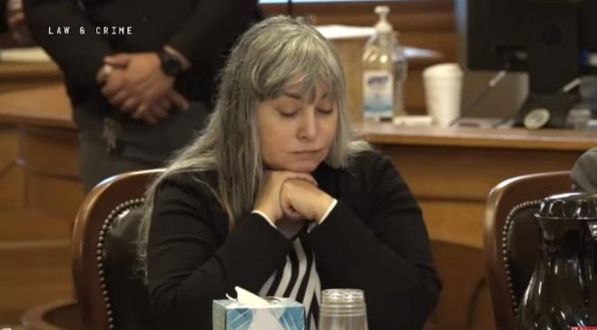 VIDA NA PRISÃO  Ex-brasileira é condenada por matar marido; pena pode ser prisão perpétua