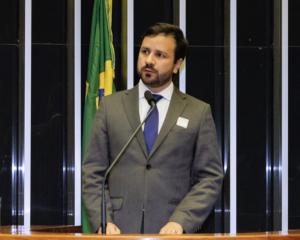 """PRERROGATIVAS DA CLASSE  """"Direito de defesa está preservado, mas a aplicação tem sido comprometida"""" Nivaldo, Barbosa"""