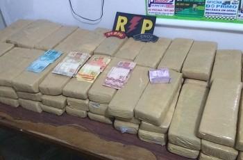 Mulher é presa com 84 tabletes de maconha em Santana do Ipanema