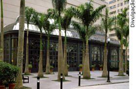 justica-veta-area-shopping-patio
