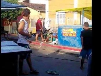 Vídeo flagra assassinato em feira livre; marchante é suspeito do crime