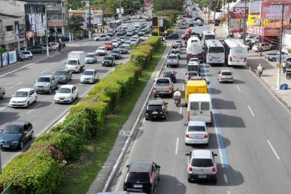 CALENDÁRIO IPVA para veículos com placas 3 e 4 deve ser pago até o dia 29 de março