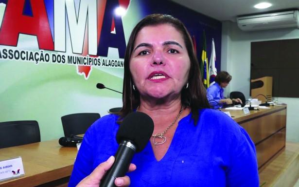 Deputada é condenada a 23 anos de prisão por fraude