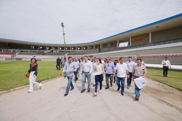 MODERNIZAÇÃO Obras de adaptação do Estádio Rei Pelé para jogos da Série A entram na reta final