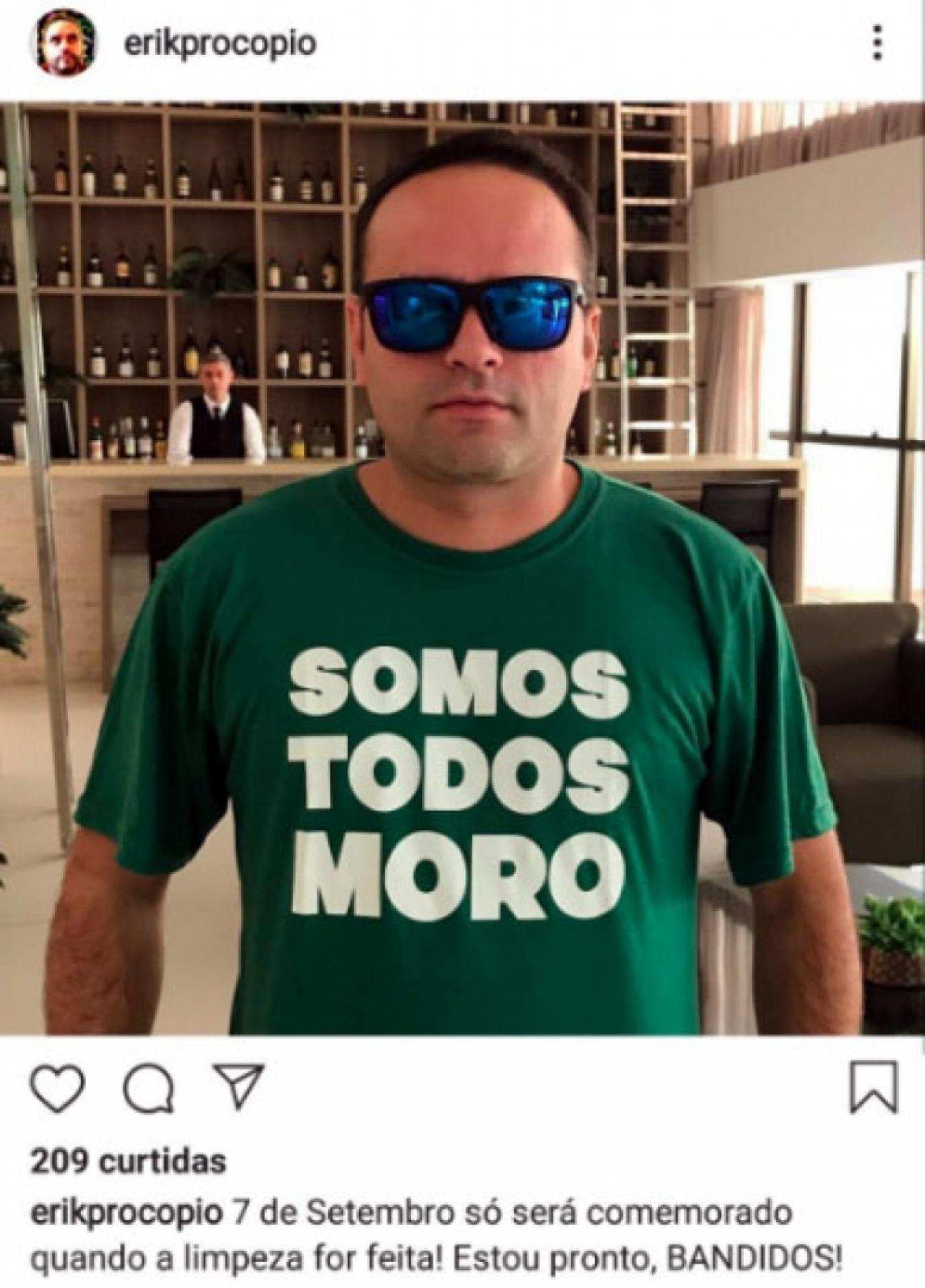 Jornalista Carlos de Lannoy é ameaçado por cobertura de carro fuzilado pelo Exército