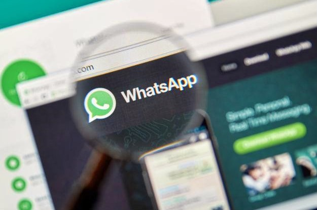 Mulher entra na Justiça para que marido mostre conversas no WhatsApp