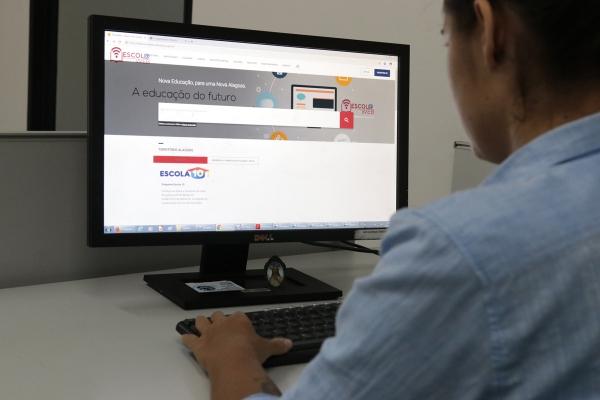 EDUCAÇÃO E TECNOLOGIA Escola Web disponibiliza jogos, aplicativos e links para alunos e professores de Alagoas