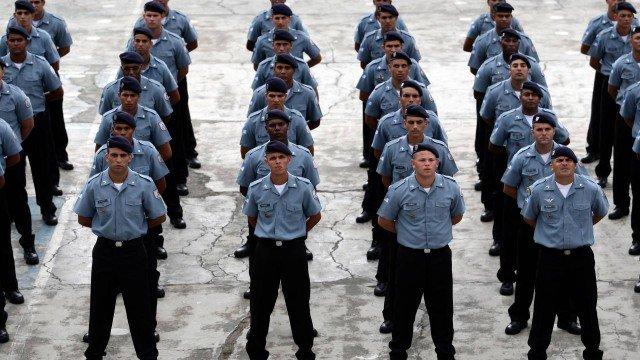 Polícia Militar do Rio tem mais oficiais do que praças