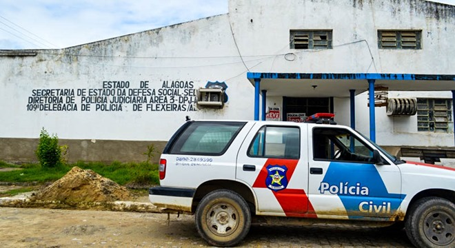 """Polícia Civil prende homem conhecido como """"Terror de Flexeiras"""""""