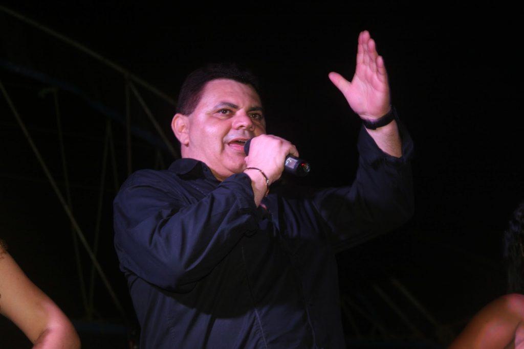 ARAVANTU: ALVES CORREIA FAZ SHOW ESPECIAL NO CULTURA NA PRAÇA NESTA SEGUNDA (1º)